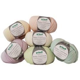 50 Gramm Baby Cashmere Wolle aus 72 % Wolle (Merino superwash, extra fein) 15 % Polyamid, 13 % Kaschmir